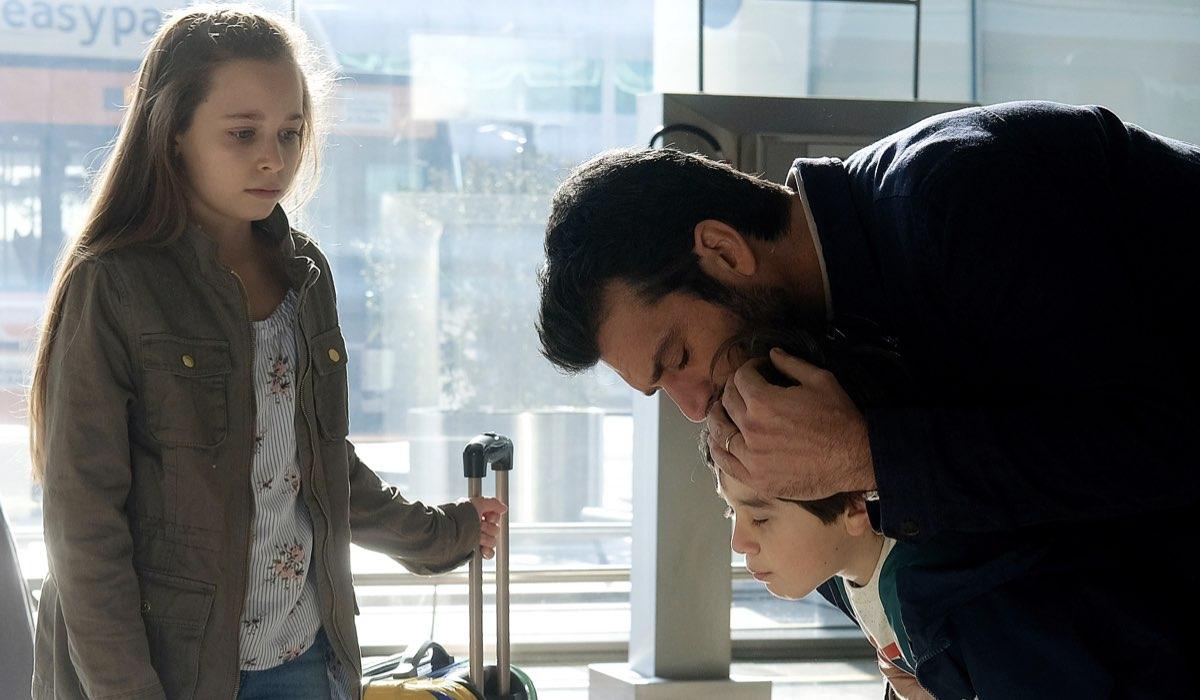 Doc - Nelle tue mani Carolina, Andrea e Mattia Fanti in una scena ambientata anni prima della perdita di memoria del primario interpretato da Luca Argentero Credits RAI