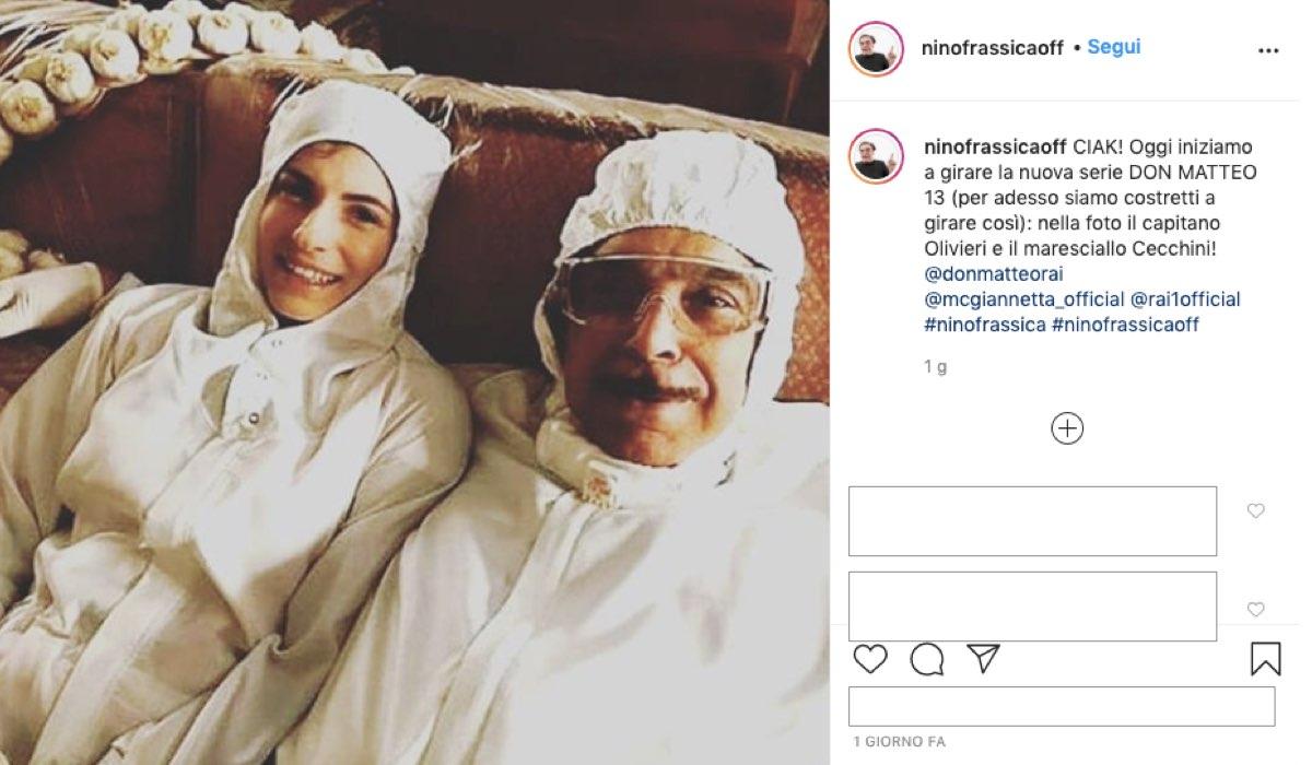 Don Matteo 13 Maria Chiara Giannetta e Nino Frassica il primo giorno di riprese, il 6 luglio 2020. Foto pubblicata sul profilo Instagram di ninofrassicaoff