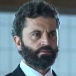 Guido Caprino ne Il Miracolo miniserie Credits Sky