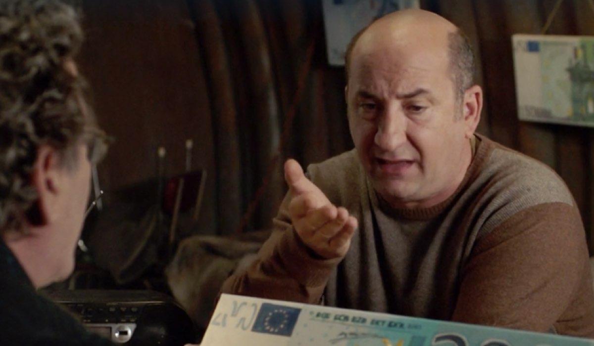 I Topi 2 Sebastiano interpretato da Antonio Albanese nel sesto episodio della stagione dal titolo Il matrimonio Credits RAI