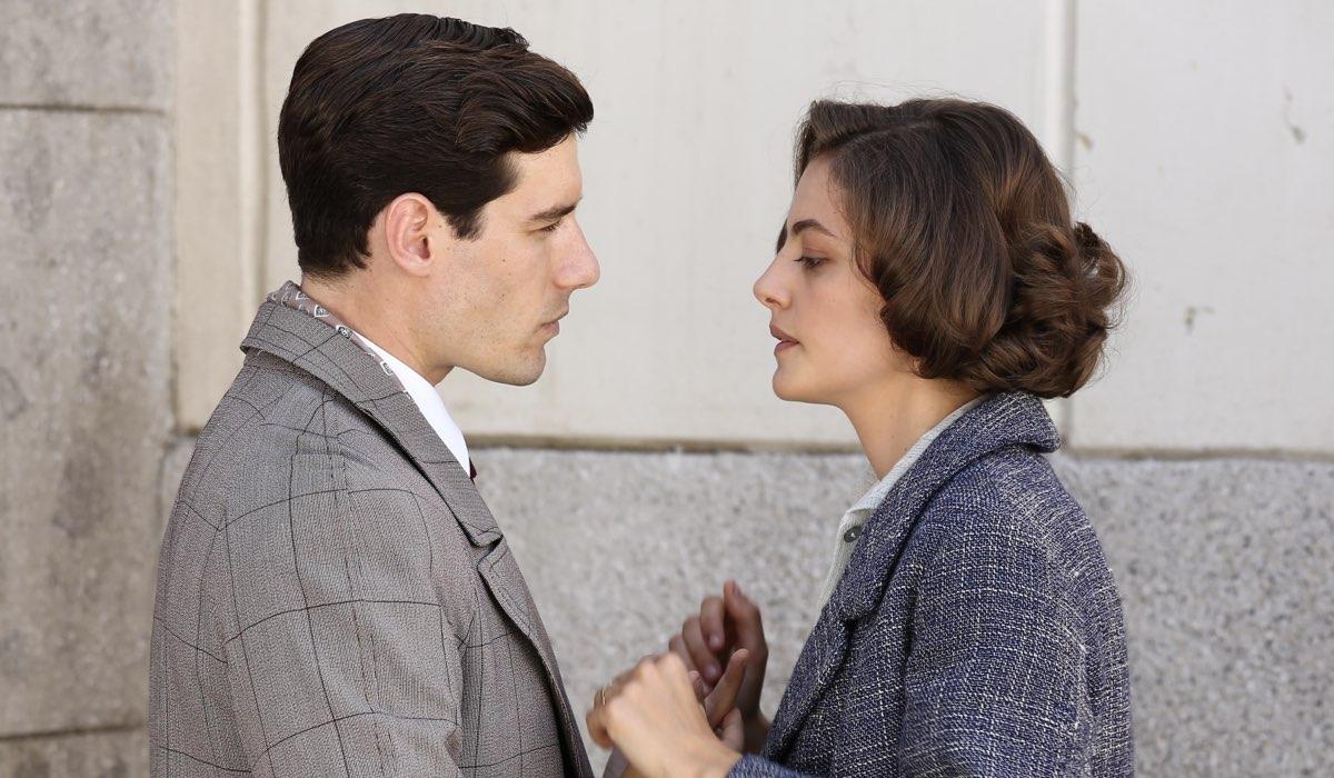 Il Paradiso delle Signore 4 Riccardo Guarnieri e Nicoletta Cattaneo interpretati da Enrico Oetiker e Federica Girardello Credits RAI