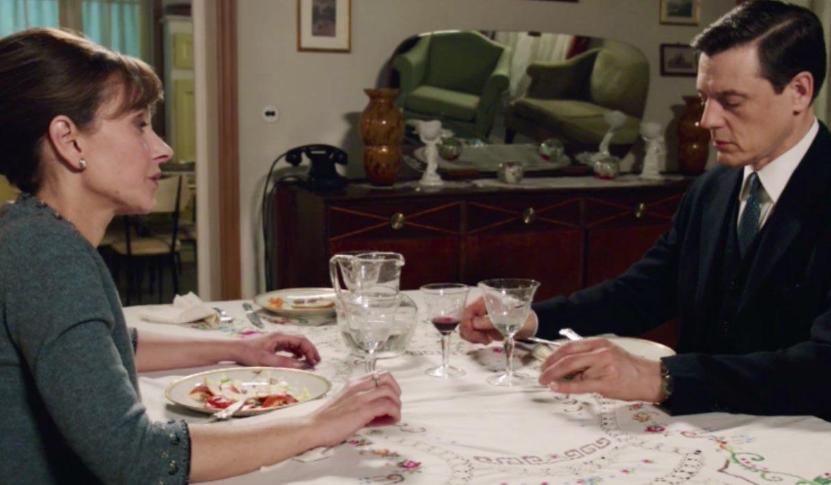 Il Paradiso delle Signore 4 Silvia e Luciano Cattaneo interpretati rispettivamente da Marta Richeldi e da Giorgio Lupano, qui nella puntata 120 Credits RAI
