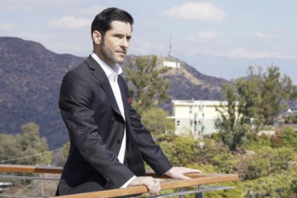 Lucifer 3 episodio 23 TOM ELLIS nei panni di LUCIFER Credits Warner e Mediaset