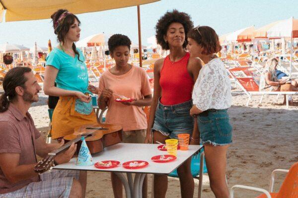 La festa di compleanno di Summer al Bagno Paradiso in Summertime. Credits Netflix