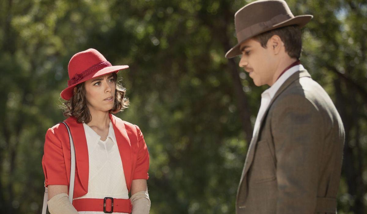 Adolfo e Marta ne Il segreto soap opera Credits ATRESMEDIA CORPORACION DE MEDIOS DE COMUNICACION