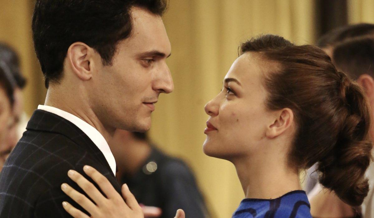Alessandro Tersigni e Gloria Radulescu nei panni di Vittorio Conti e Marta Guarnieri ne Il Paradiso delle Signore Daily 2 Credits RAI