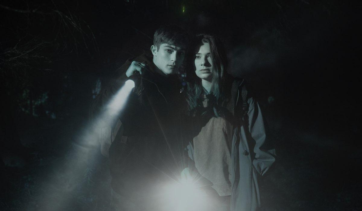 Mauro (Federico Russo) e Daria (Margherita Morchio) in Curon. Credits Netflix