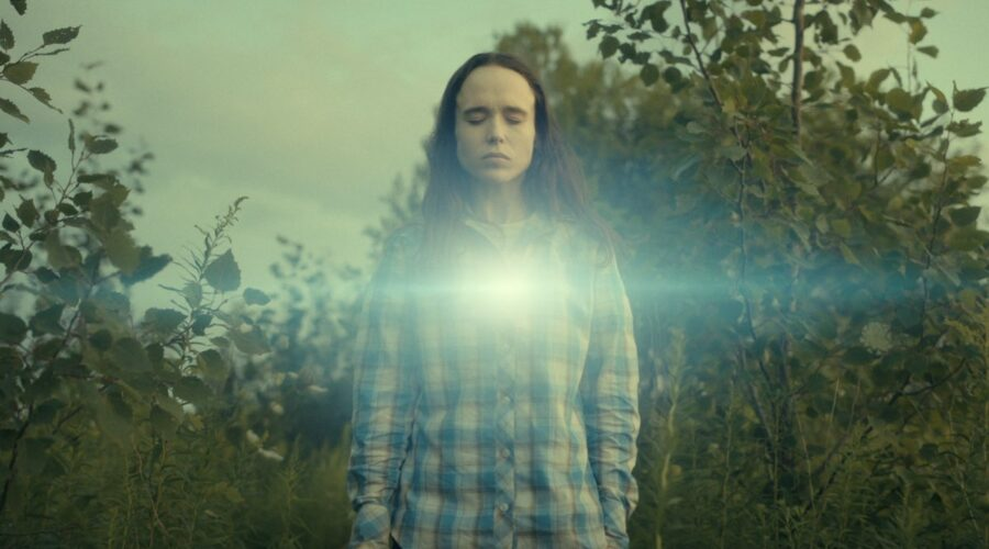 Ellen Page nei panni di Vanya in Umbrella Academy 2 Credits Netflix