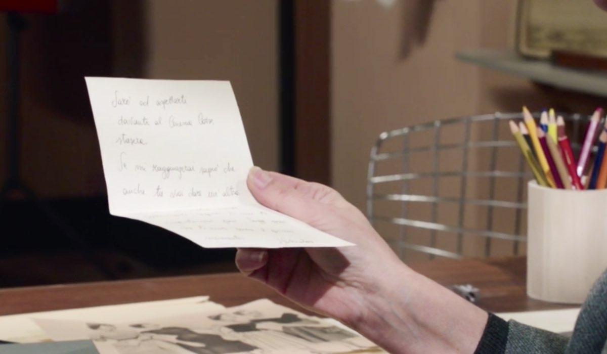 Il Paradiso delle Signore 4 Agnese legge la lettera che Salvatore ha scritto per Gabriella, qui nella puntata 135 Credits RAI