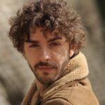Il giovane Montalbano Salvo Montalbano interpretato da Michele Riondino foto Credits di Fabrizio Di Giulio, Palomar e RAI