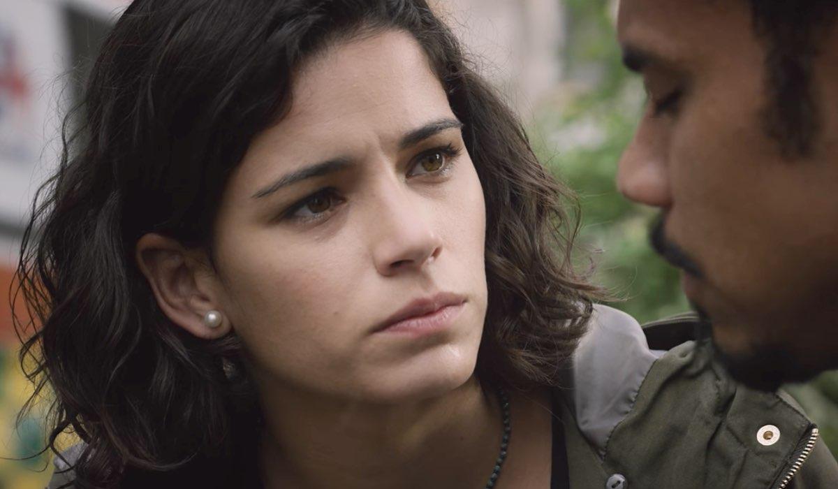 Nero a metà Alba Guerrieri interpretata da Rosa Diletta Rossi Credits RAI e Netflix