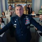 Steve Carell nei panni di Mark R. Naird in Space Force. Credits Aaron Epstein Netflix
