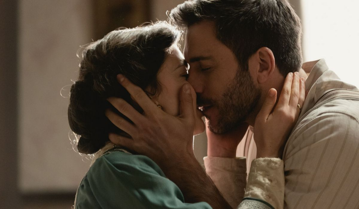 Telmo e Lucia in Una Vita soap opera Credits OOMERANG TV e Mediaset