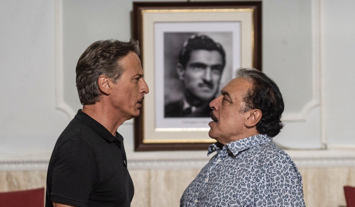Fratelli Caputo qui Cesare Bocci che interpreta Alberto e Nino Frassica che Interpreta Nino Credits Mediaset