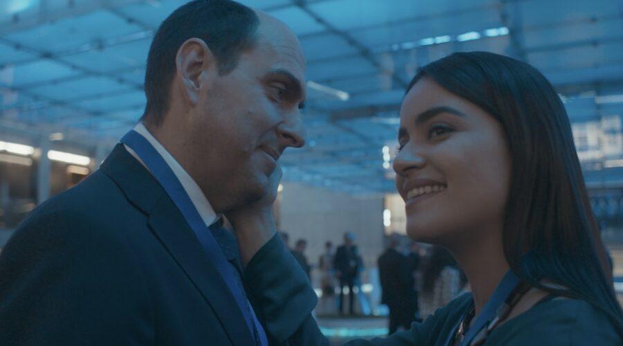 Andrés Parra e Paulina Gaitán in una scena di El Presidente. Credits Amazon Prime Video