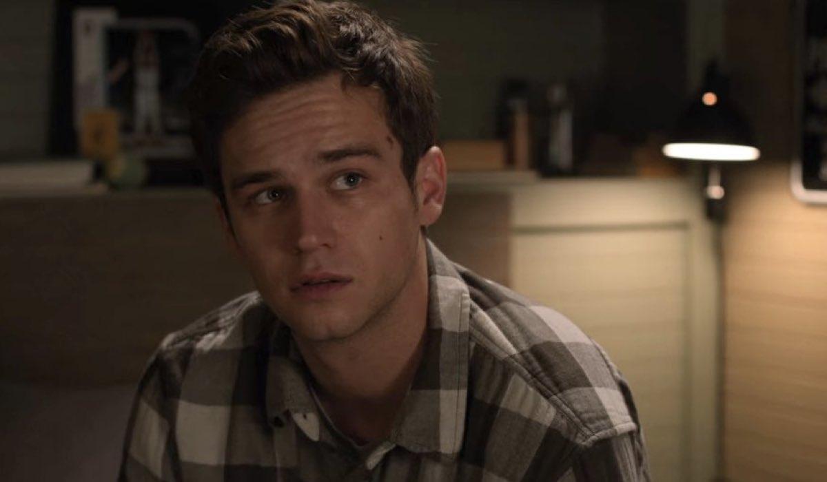 Brandon Flynn nei panni di Justin Foley in Tredici 4x09 Credits David Moir e Netflix © 2020