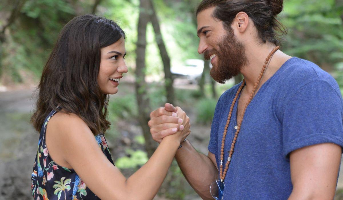 Can Divit e Sanem Aydin in Daydreamer, Credits GLOBAL TELIF HAKLARI YAPIMCILIK TIC. A.S.