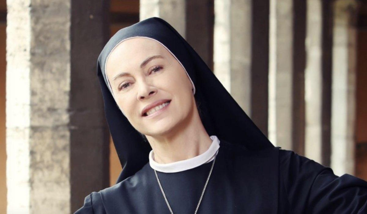 Che Dio Ci Aiuti 5 stagione Suor Angela interpretata da Elena Sofia Ricci Credits RAI