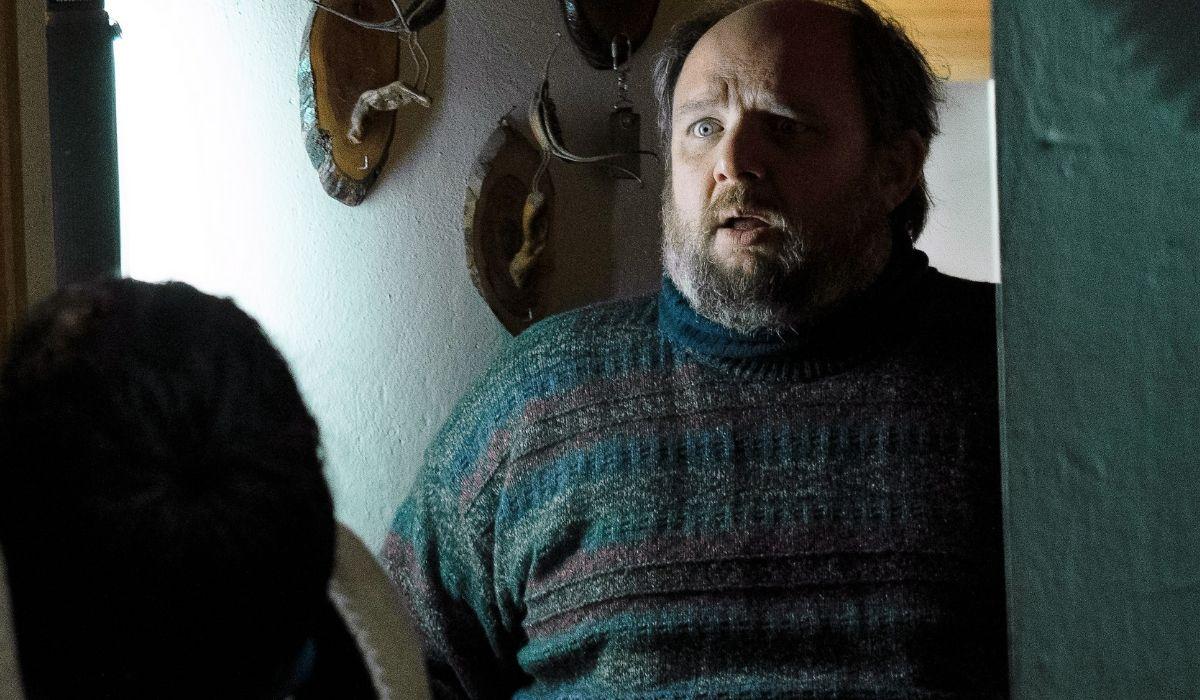 Giuseppe Gandini è Matteo in Curon serie tv Credits Netflix