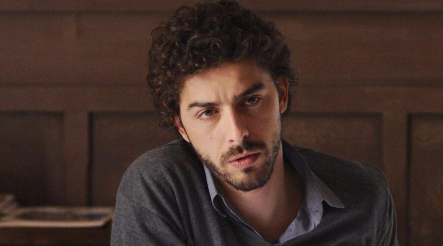 Il giovane Montalbano Michele Riondino è l'interprete di Salvo Montalbano Credits Fabrizio Di Giulio, Palomar e RAI