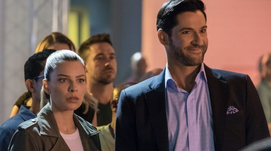 Lauren German e Tom Ellis nei panni di Chloe Decker e Lucifer Morningstar in Lucifer Credits John P. Fleenor Netflix