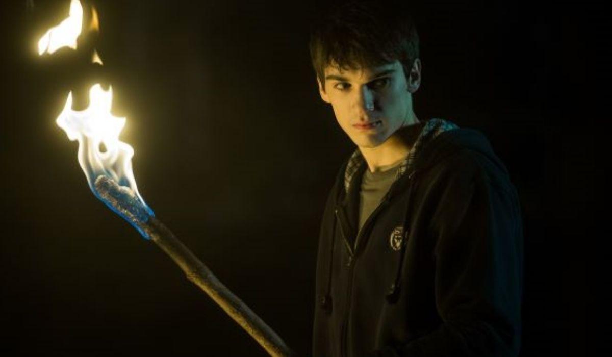 Luca Castellano, è Lukas in Curon serie tv Credits Netflix