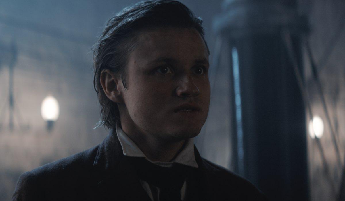 Dark 3 riassunto Paul Lux nei panni di Bartosz nella terza stagione di Dark Credits Netflix