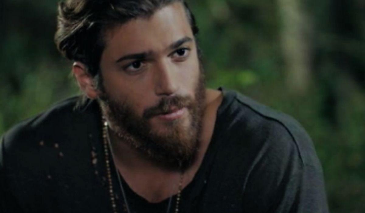 Can Yaman è Can Divit in Daydreamer qui nella puntata 16, Credits Mediaset