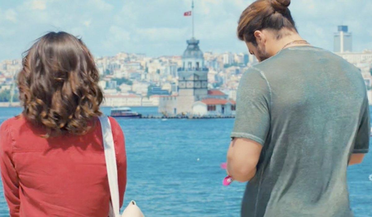 Daydreamer Sanem Aydin e Can Divid interpretati da Demet Özdemir e Can Yaman, qui nella puntata 28 Credits Mediaset