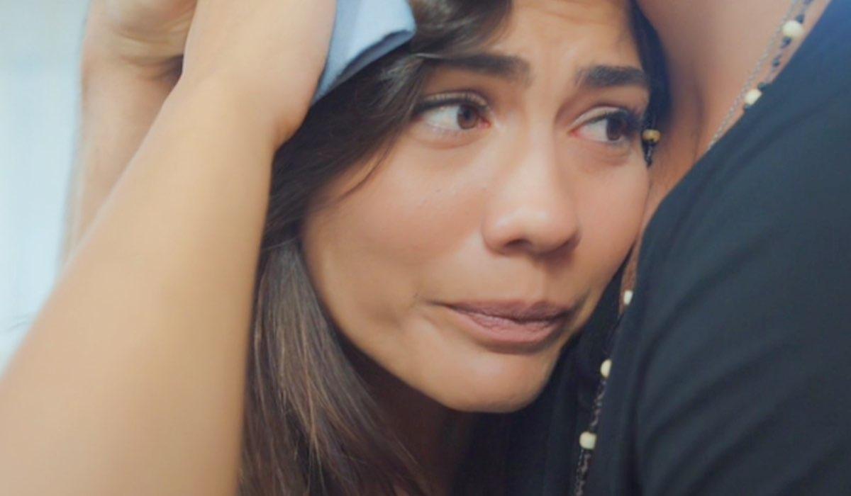 Daydreamer Sanem si fa abbracciare da Can nella puntata 17 Credits Mediaset