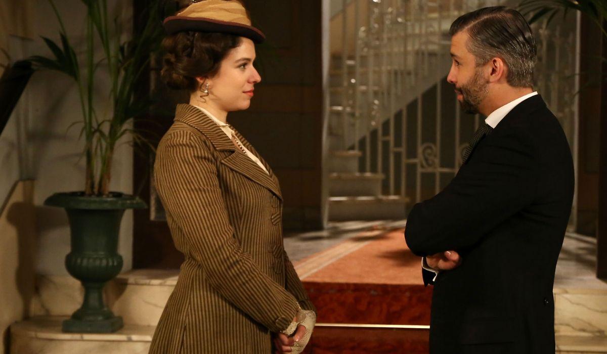 Genoveva e Felipe in Una Vita soap opera Credits BOOMERANG TV e Mediaset
