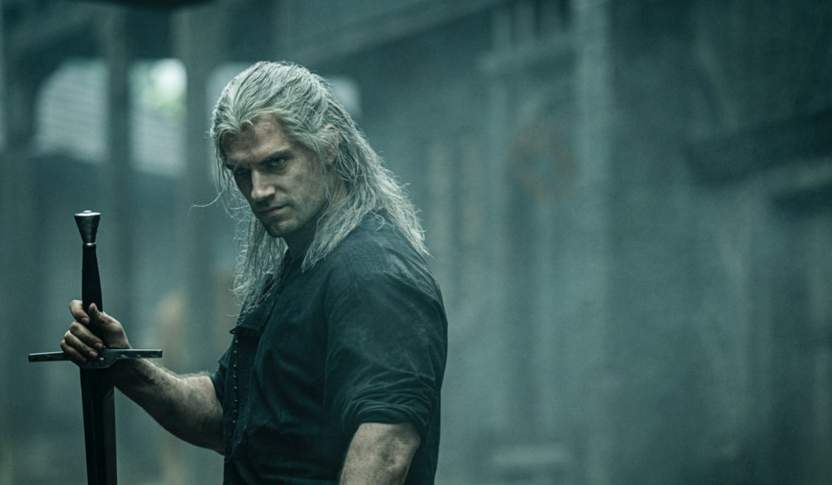 Henry Cavill nei panni di Geralt Di Rivia in The Witcher. Photo Credits: Katalin Vermes/Netflix
