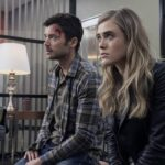 Matt Long nei panni di Zeke Landon, e Melissa Roxburgh nelle vesti di Michaela Stone In Manifest 2. Foto di © Warner Bros. Entertainment, Inc