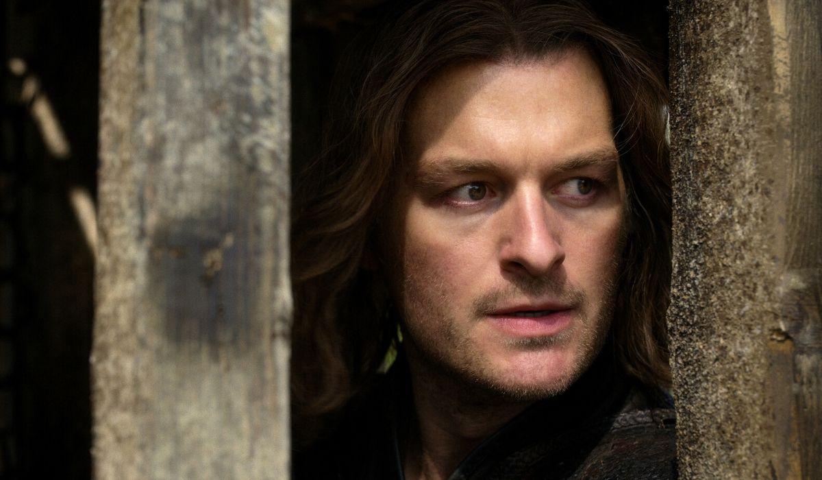 Matt Stokoe è Gawain in Cursed episodio 7 Credits Netflix