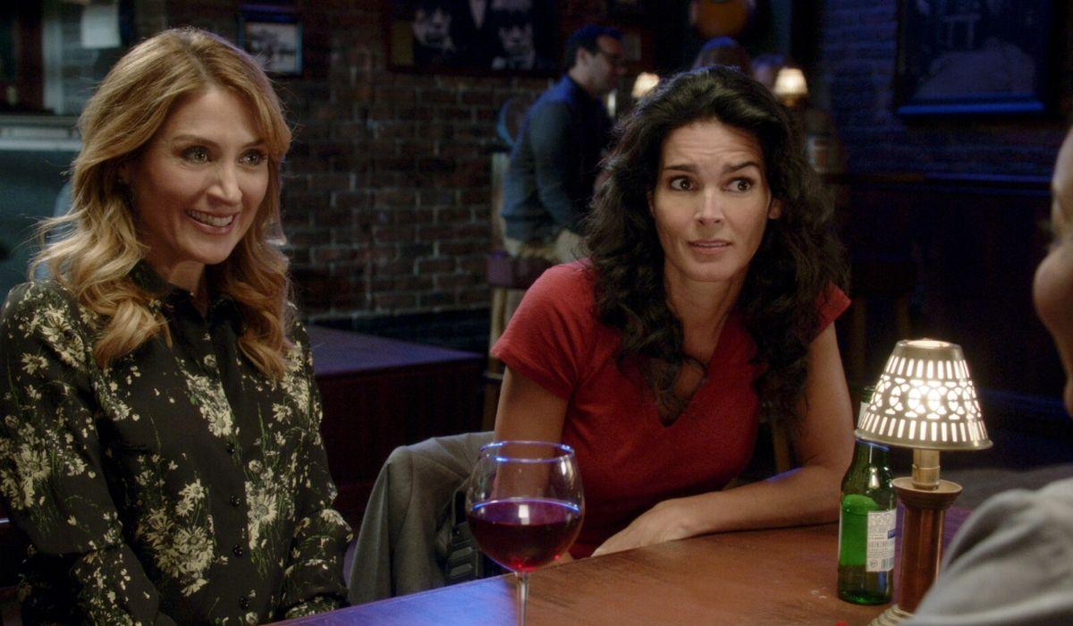 Sasha Alexander ed Angie Harmon in Rizzoli & Isles 7 stagione Credits Fox