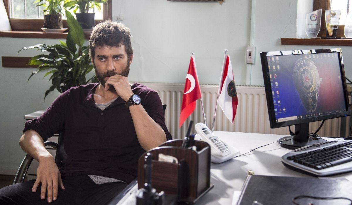 Sinan Malik nella soap Come Sorelle Credits Eccho Rights e Mediaset