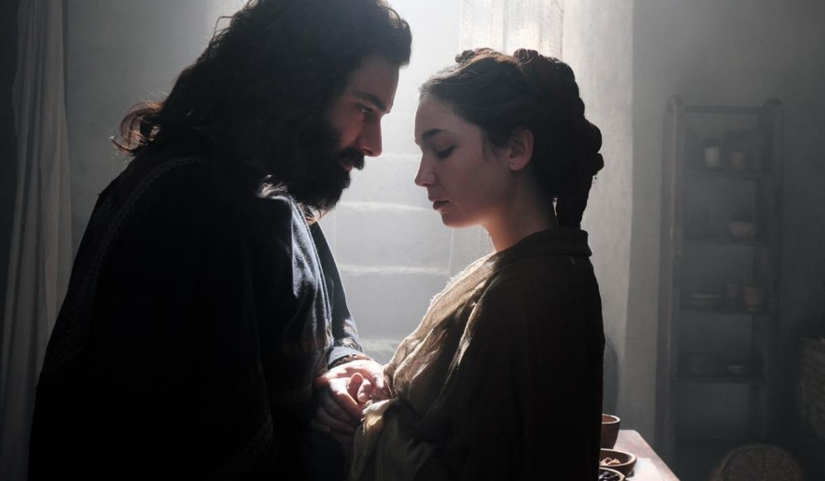 Aidan Turner e Matilde De Angelis in Leonardo serie tv, Credits Lux Vide e Rai Fiction