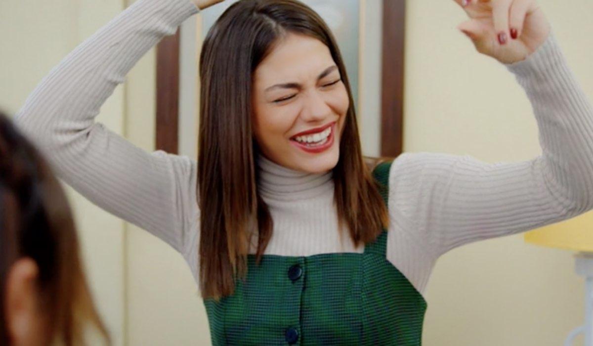 Daydreamer Sanem interpretata da Demet Özdemir, qua nella puntata 53 Credits Mediaset