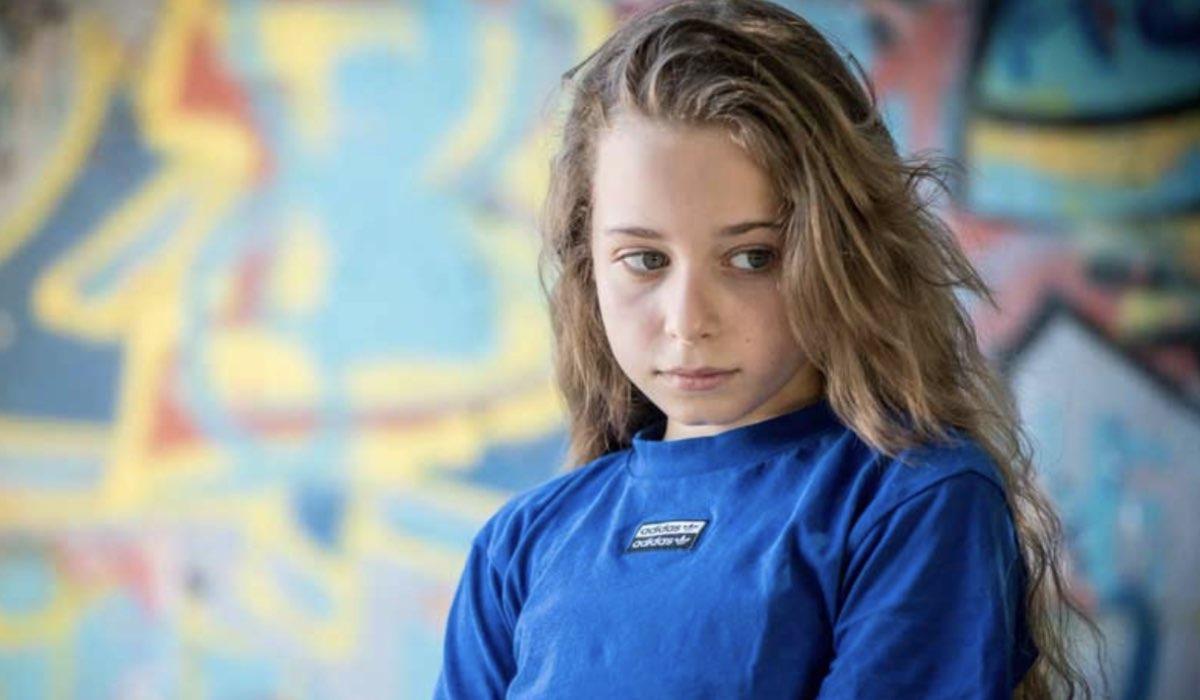 Giulia Patrignani è Serena Conti ne Il Paradiso delle Signore Daily 3, qui in un posato Credits Ph. Sonia Ursini Photographer