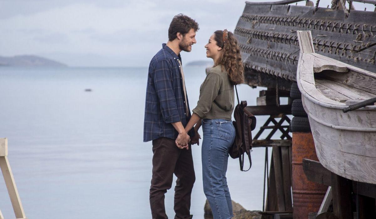 Mahir e Azra in Come Sorelle sesta puntata Credits Eccho Rights e Mediaset