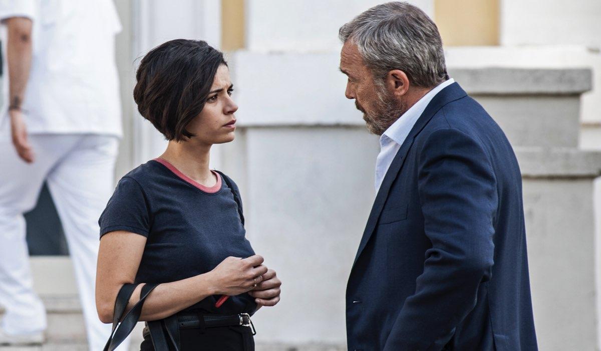 Nero a metà 2 Alba e Carlo interpretati da Rosa Diletta Rossi e Claudio Amendola Credits RAI