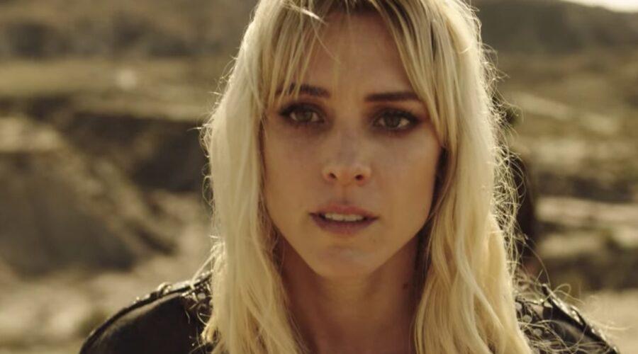 Vis a Vis L'Oasis Macarena nell'episodio 7 Credits Netflix