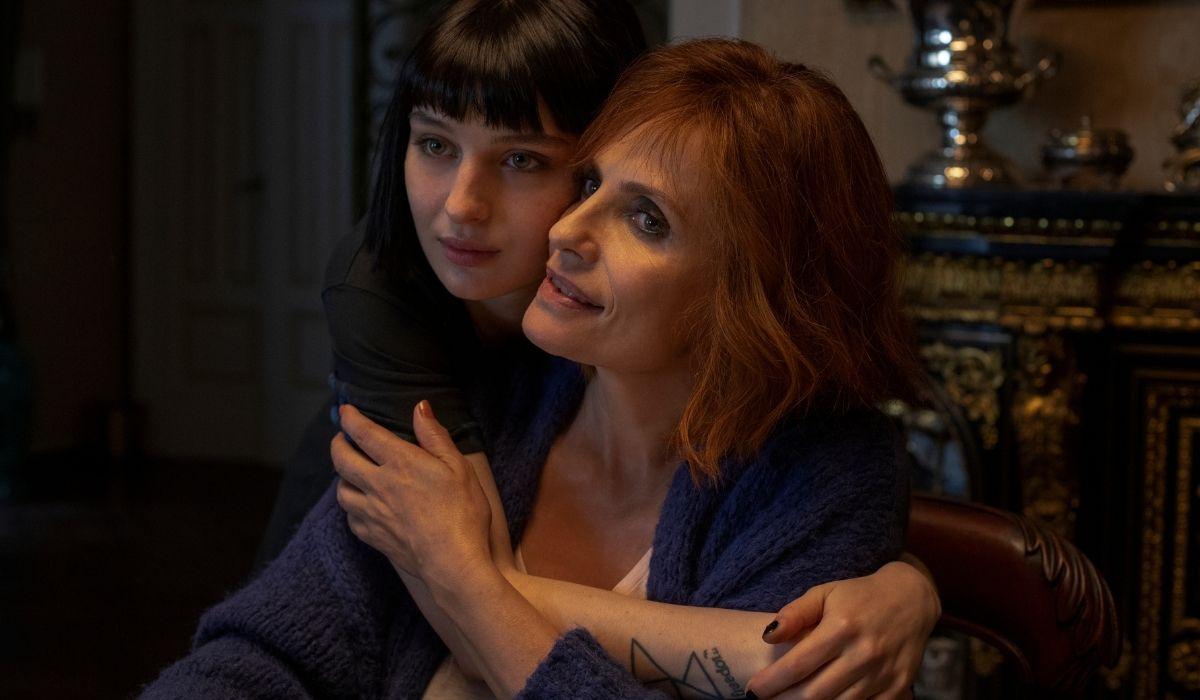 Alice Pagani e Isabella Ferrari in Baby 2 Credits Francesco Berardinelli e Netflix