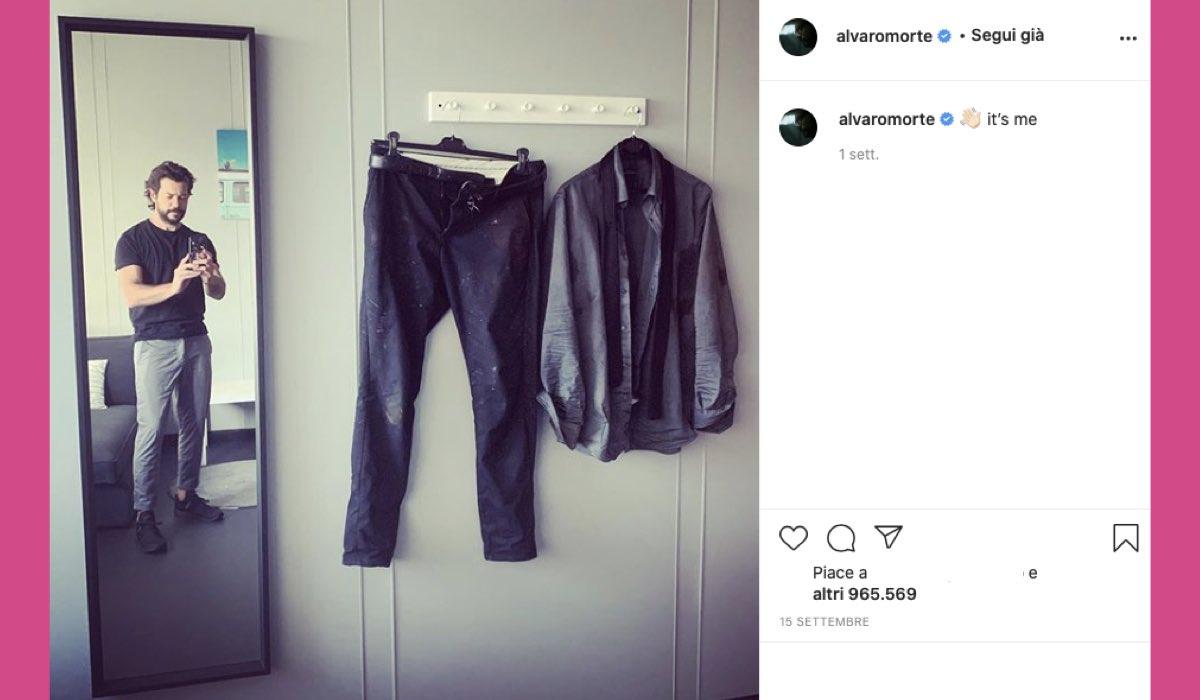 Alvaro Morte nei panni del Professore ne La Casa di Carta 5 credits Instagram via @alvaromorte