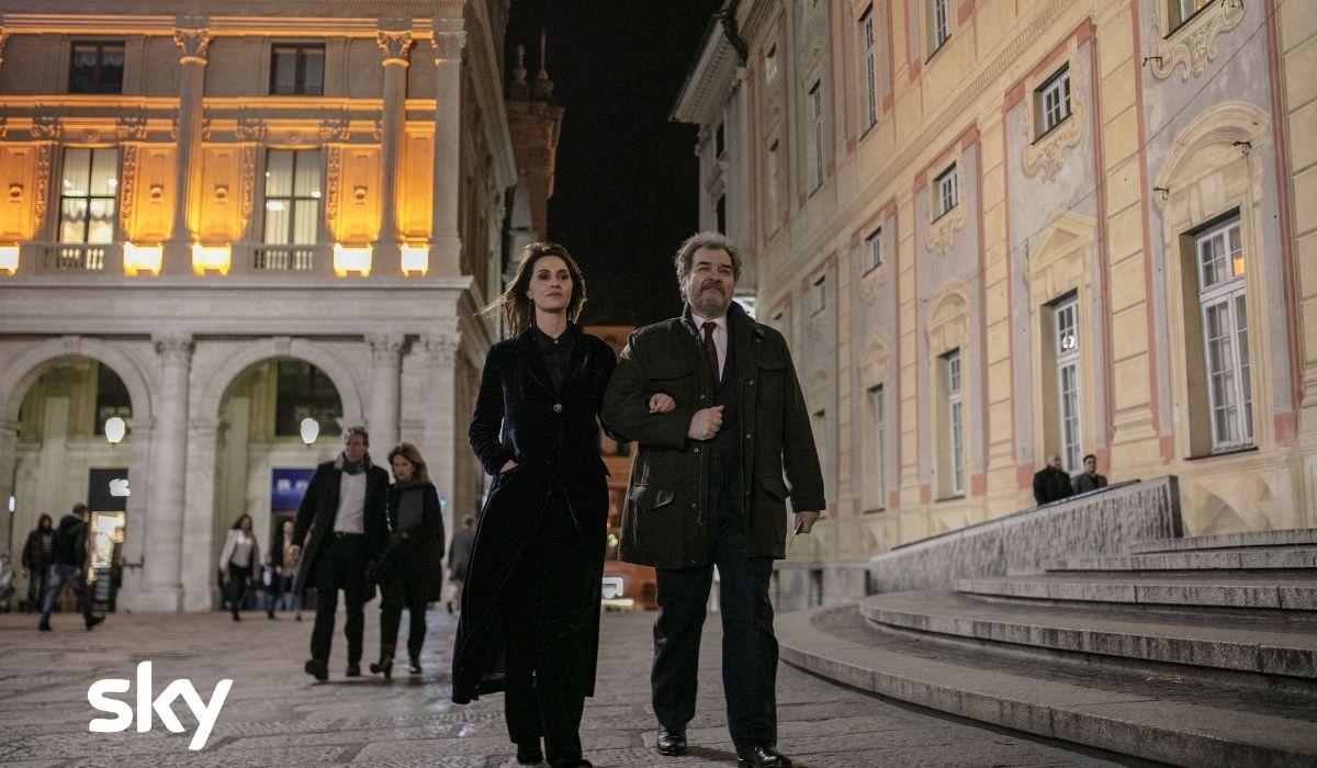 Andrea Pennacchi e Paola Cortellesi in una scena di Petra serie Sky, Credits Luisa Carcavale