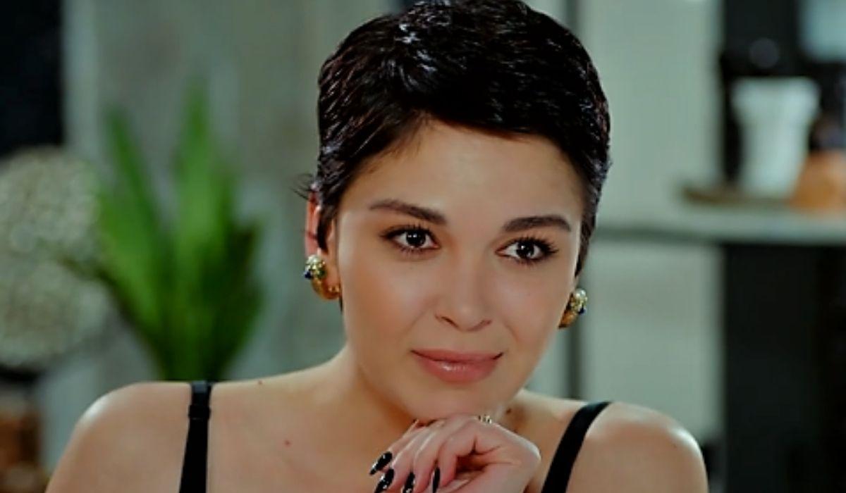 Aylin si allea con Fabbri in Daydreamer puntata 61 Credits Mediaset