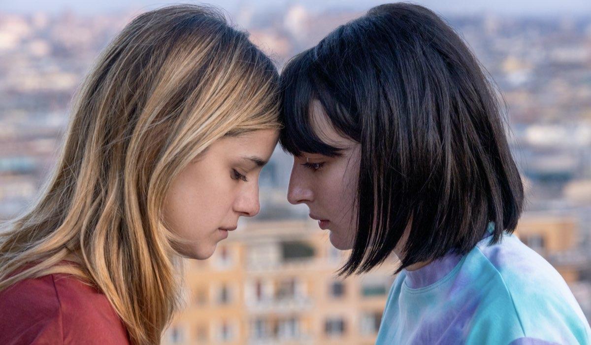Benedetta Porcaroli e Alice Pagani sono Chiara e Ludovica nel sesto episodio della terza stagione di Baby. Credits: Netflix.