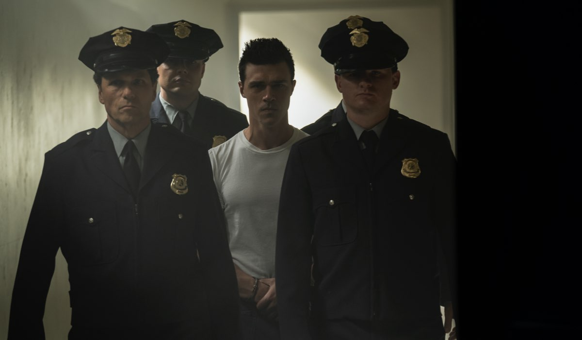 Come finisce Ratched: Finn Wittrock (Edmund Tolleson) nell'episodio 8 di Ratched. Credits: Saeed Adyani/Netflix.
