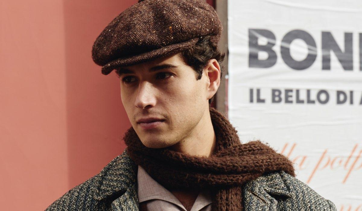 Giancarlo Commare interpreta Rocco Amato ne Il Paradiso delle Signore, qui in un posato per la stagione 4 o Daily 2 Credits RAI