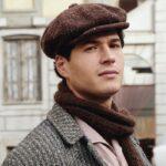 Giancarlo Commare nei panni di Rocco Amato ne Il Paradiso delle Signore, qui in un posato per la stagione 4 o Daily 2 Credits RAI
